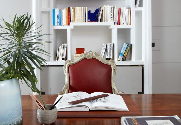 hom le xuan. Black Bedroom Furniture Sets. Home Design Ideas